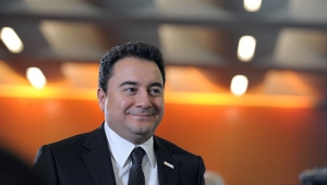 Ali Babacan: Partimizin kuruluş dilekçesini bugün İçişleri Bakanlığı'na veriyoruz