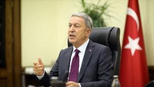 Bakan Akar: Azerbaycanlı kardeşlerimizin yanlarındayız